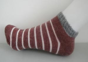 China Comfortable Stripe Wool Ankle Socks With 35 - 48 EU Size For Sports on sale