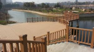 China Engineered Flooring WPC Fence Panels grid for walk bridge / reservior on sale