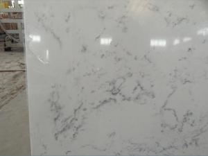 China Cararra White Artificial Quartz Slabs , 93% Natural Quartz Stone For Kitchen on sale