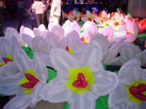 China Fashion Lotus Flower Inflatable Lighting For Floating Artificial Decorative supplier