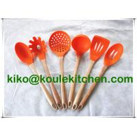 China silicone Kitchen Utensil Set With wooden Holder, kitchen tools on sale