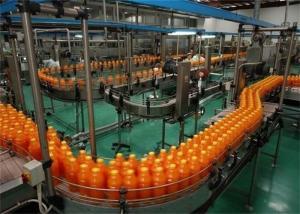 China Máquina de rellenar embotelladoa de la bebida con la empaquetadora de etiquetado del encogimiento on sale