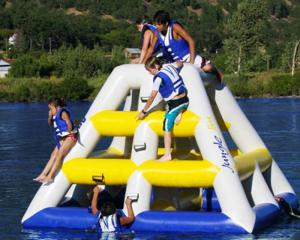 China Can be customized inflatable Water tower games with 0.9mm PVC tarpaulin on sale