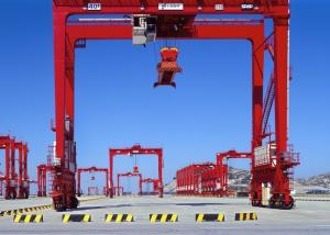 China Rail Mounted Quayside Container Lifting Crane , Port Container Handling Equipment on sale