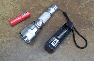 China C8 LED flashlight , super focusing LED flashlight on sale