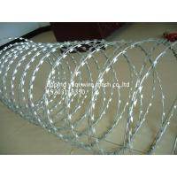 BTO-22 Hot Dip Galvanized Razor Barbed Wire With 450mm Coil For Security Military Fence