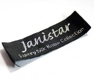 China End Folded Clothing Labels For Blankets Bags Trademark Name Logo Sew On on sale