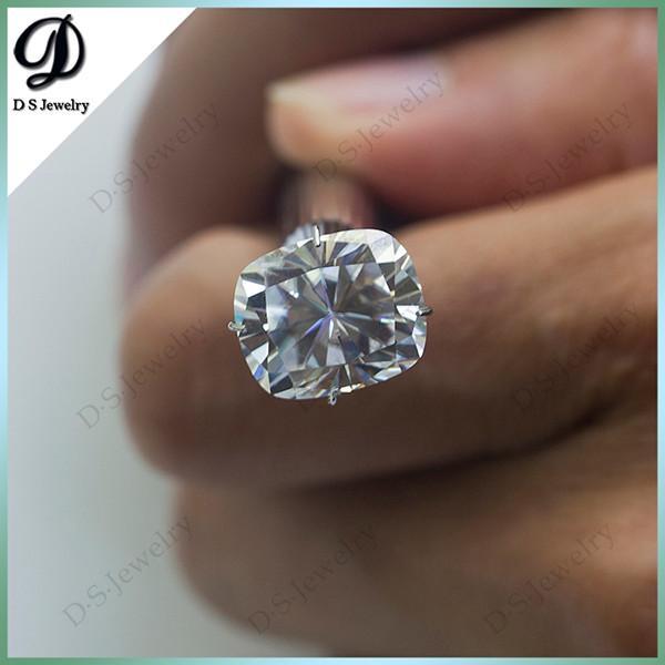 Elongated Cushion 9x7 Super White Synthetic Moissanite Diamond For