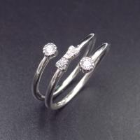 China OEM 925 Silver Cubic Zirconia Rings / 925 Sterling Silver Engagement Ring on sale