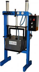 China Torque Converter Rebuilding Equipment 105 x 60 x 200CM Pneumatic Power Leaking Tester on sale