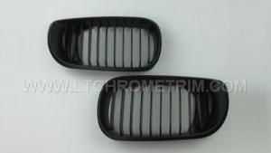 China Matte Black Front Grilles For BMW M3 E46 4D 2002-2004 on sale