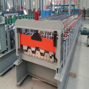 China Decking galvanisé de plancher de panneau formant la machine avec le double moteur 11.5kw on sale