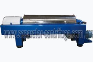 China Continuous Decanter Centrifuge For Industrial Waste Water Treatment on sale