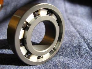 China Chrome Steel Deep Groove Ball Bearing 6004 2RS, 6004 ZZ on sale