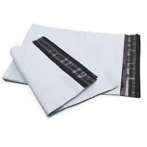 China Le messager en plastique adapté aux besoins du client met en sac/sac en plastique de douilles d'expédition pour l'affranchissement on sale