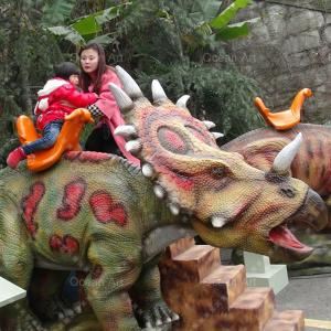 China Man-made synthetic dinosaur mounts walking dinosaur on sale
