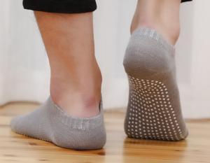 China Eco Friendly Material Women's Gripper Socks , Slip Resistant Socks Standard Thickness on sale