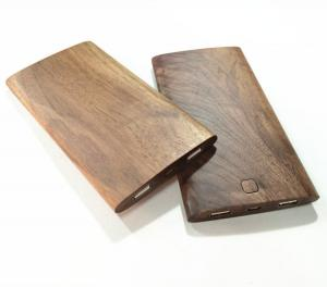 China 8000mAh Micro USB Port Wooden Power Bank with Overcharge Protect Function on sale