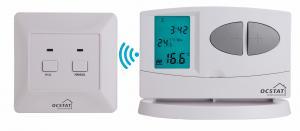 China 暖房装置のための2*AAサイズ電池RFの電子プログラム可能なサーモスタット on sale