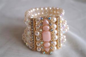 China fashion epoxy stone pearl bracelet on sale