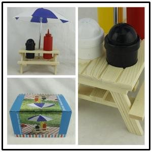 China Outdoor Picnic Bench Condiment Set , Umbrella Salt Picnic Table Sauce Holder on sale