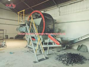 China Mobile Tire Shredding Machine Wear Resistance ,Twin Shaft Waste Tyre Shredder on sale