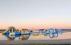 Quality Parque comercial inflável do respingo da água/equipamento de flutuação do campo de jogos da água em Austrália for sale