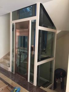 China Sitio de la máquina menos elevación casera del elevador con la máquina de acero de la correa on sale