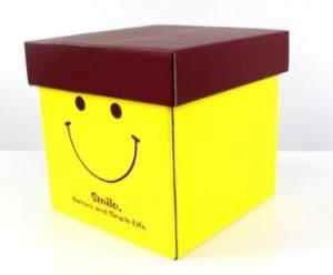 China High quality, durable and fashion gift box for delivery on sale