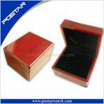 Caixa de madeira do relógio luxuoso