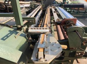 China 380V Fiberglass Wire Mesh Machine , Industrial Weaving Machine Easy Maintenance on sale