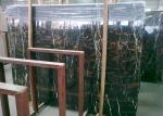 Pre corte las encimeras de mármol negras de la vanidad, contador montado en la pared de la barra de mármol de Potoro