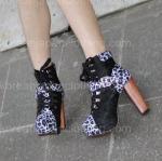 Новая корейская мода сексуальным ботинок кожи леопарда накрененных максимумом