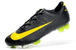 China 2012 newest style hottest sale brand outdoor soccer shoes on sale