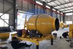 Compact Structure Hydraulic Hopper Concrete Mixer Machine 2100kg Weight