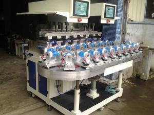 China Le prix usine de la CE 6 colore l'imprimante rotatoire Semi-automatique de protection pour l'impression différente de bouteille de parfum de taille on sale