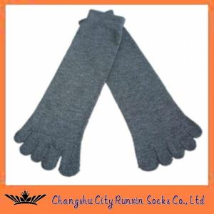 China cotton  grey mens sports five finger toe socks on sale
