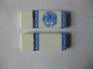 China 青および白い磁器はUSBのフラッシュ ドライブ ギフト28を捺印しました on sale