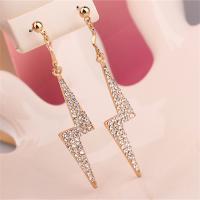 Lighting White Gold Diamond Earrings Long Flashing Pendant Earrings for Women in Fashion Jewelry Stud Earrings