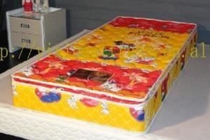 China Cartoon Newborn Baby Cot Bed Mattress , Waterproof Soft Baby Crib Mattress on sale