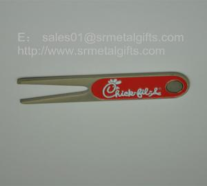 China Imprinted metal golf divot repair tools, cheap metal golf pitch fork with engraved logo, on sale