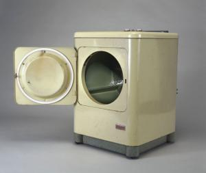 China Industrial Steam Heated Clothes Dryer on sale