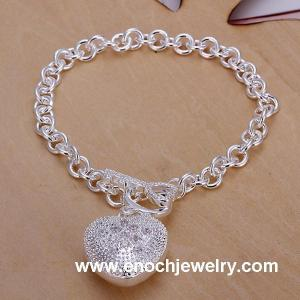 China Attractive Jewelry Silver Heart Charm Bracelets on sale
