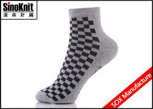 China Black Tartan Grey Thick Men Ankle Dress Socks , Mens Colored Ankle Socks Wholesale on sale