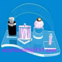 Factory wholesales famous brand perfume bottle display stand