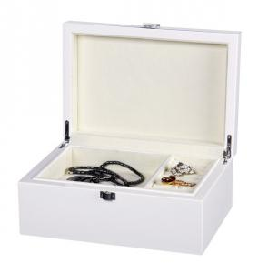 China Wooden Necklace, Earring Jewelry Box White Color, velvet interior, embossing logo on sale
