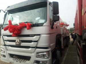 China Sinotruk 6 x 4 38m 39m  Howo Concrete Pump Truck 336hp With 10 Wheel White Color on sale