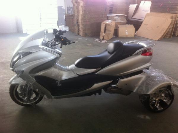 Yamaha Oil Cooled 150CC Three Wheel / Trike Scooter For