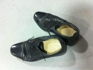China Second hand used shoes supplier in UK winter boots in stock lot on sale