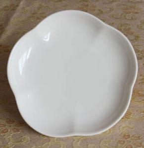China Bone China white dessert plate flower petal shape on sale